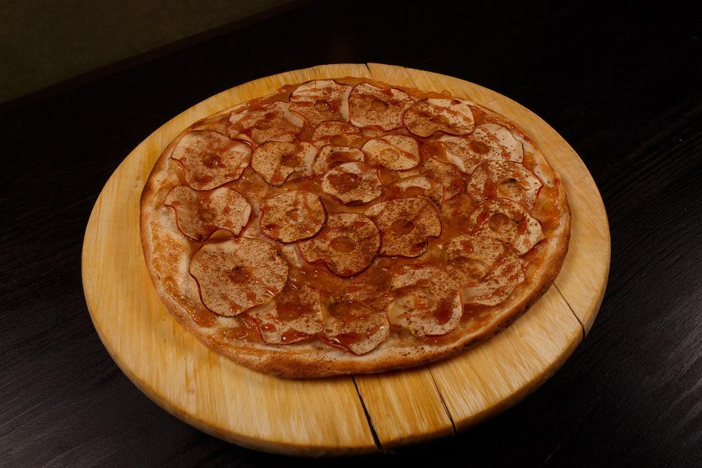 Пицца Яблочная с корицей
